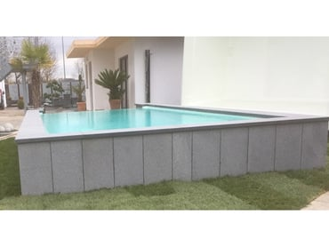 "Monobloc pool with one-sided overflow channel ""Infinity"""