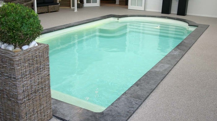Einst ckbecken mit r mertreppe modell korfu for Garten pool korfu 1