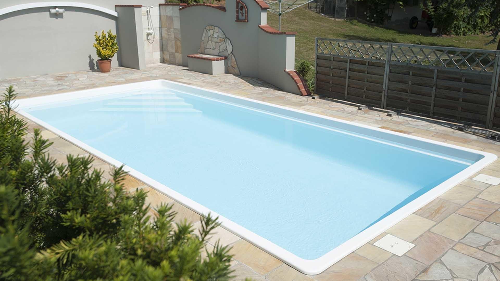 Rettangolare piscine prefabbricate monoblocco polyfaser - Piscine vetroresina offerte ...