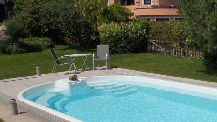 modell adria 75 schwimmbecken von polyfaser pools pooldach. Black Bedroom Furniture Sets. Home Design Ideas