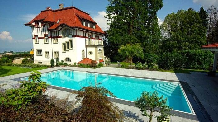 Piscine a sfioro - Polyfaser/Alto Adige - Piscine in vetroresina, coperture per piscine ...