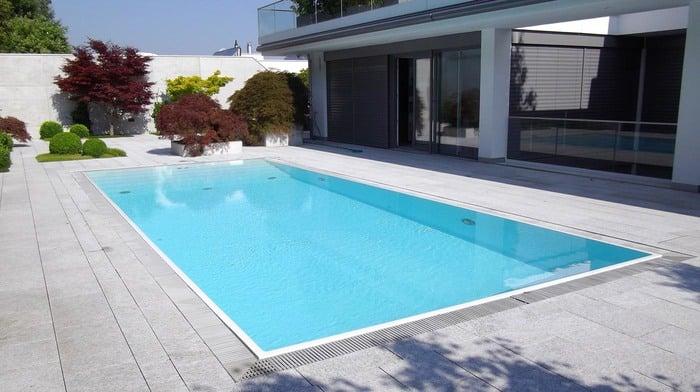 Piscine a sfioro polyfaser alto adige piscine in vetroresina coperture per piscine - Piscina vetroresina usata ...